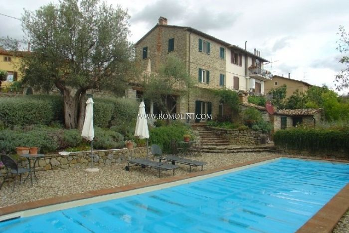 SECTION HOUSE GARDEN POOL TRASIMENO LAKE UMBRIA