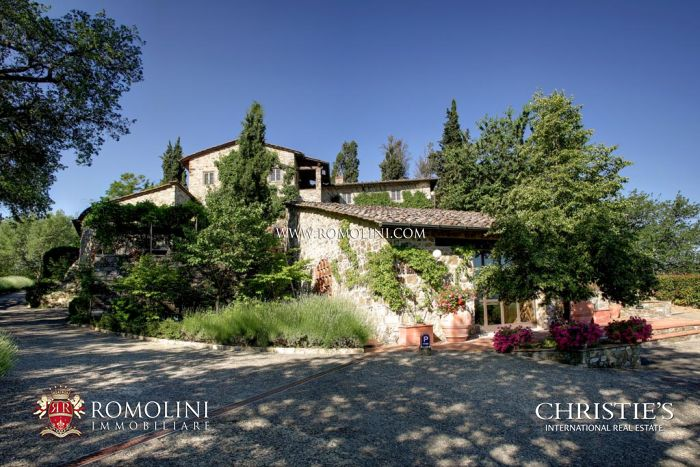 CHIANTI CLASSICO WINERY: Wine Estate in Tuscany, Chianti Classico vineyard for sale in Panzano in Chianti