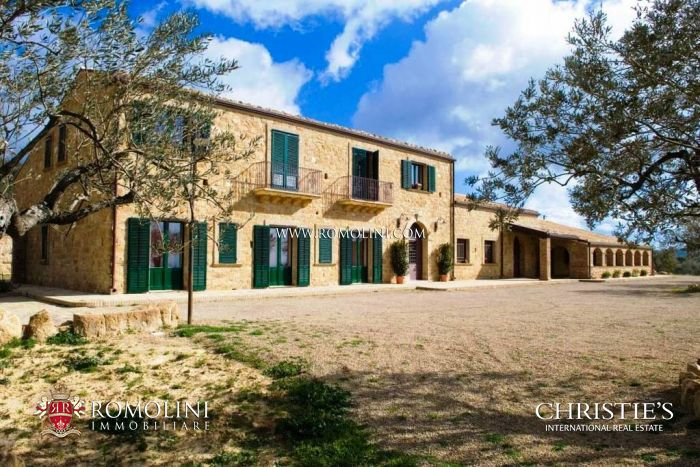 COUNTRY HOUSE FOR SALE IN SICILY, Agriturismo Piazza Armerina
