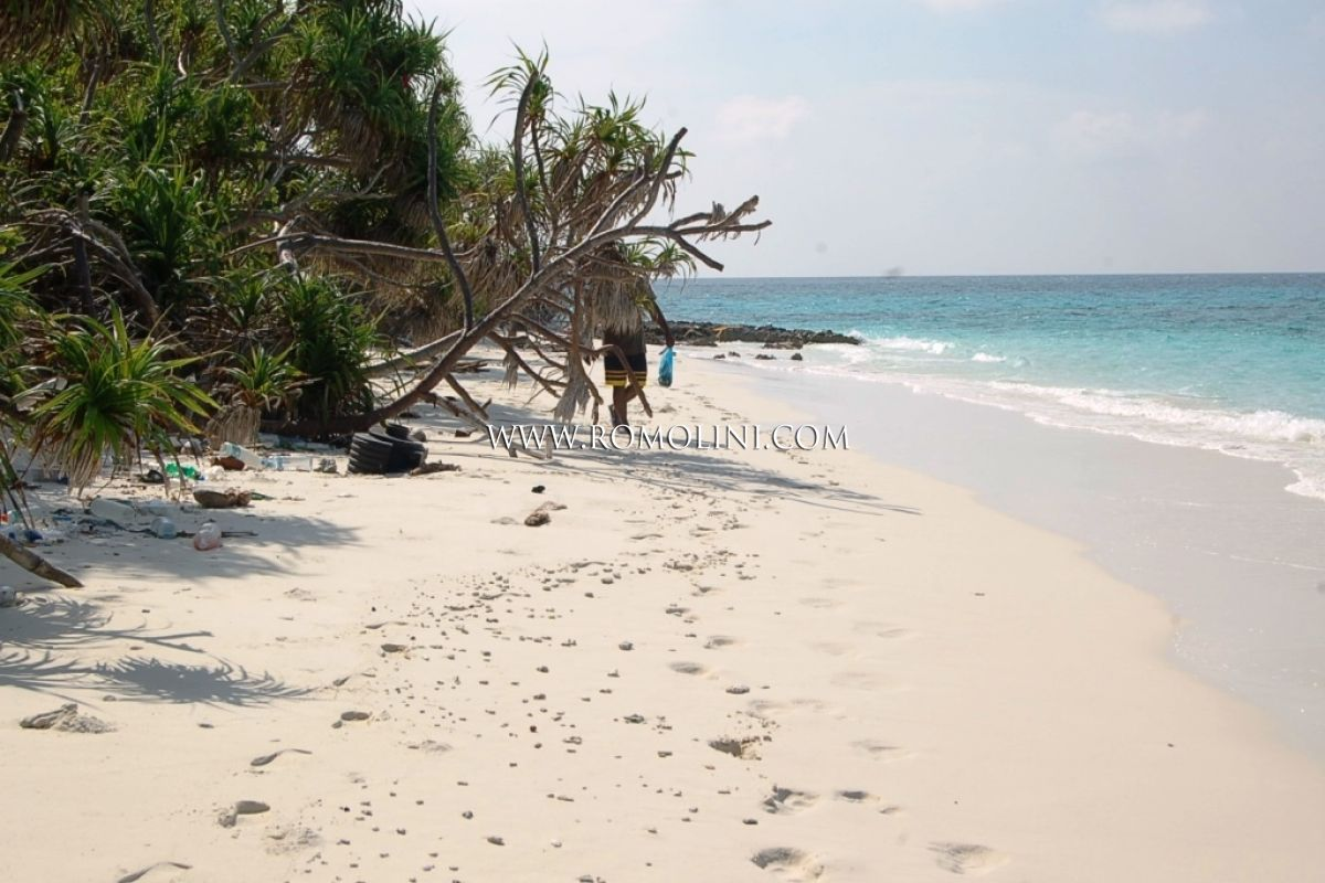 PRIVATE ISLAND FOR SALE, Maldives, Indian Ocean