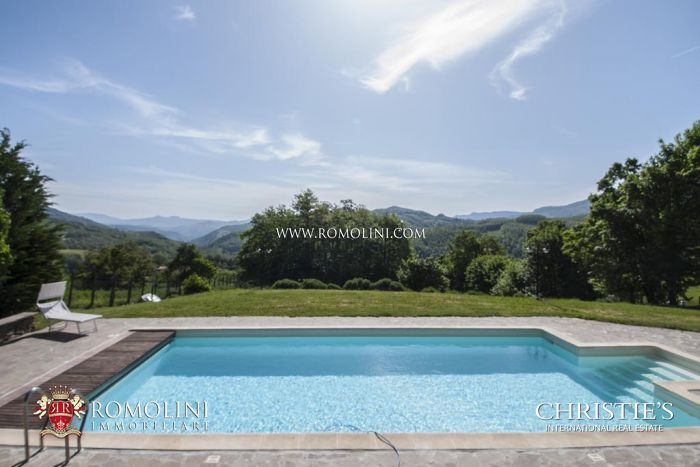 8 BEDROOM B&B BED AND BREAKFAST IN VENDITA IN TOSCANA